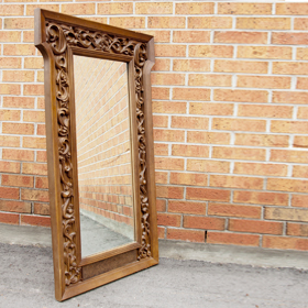 The perfect table -vintage mirror rental